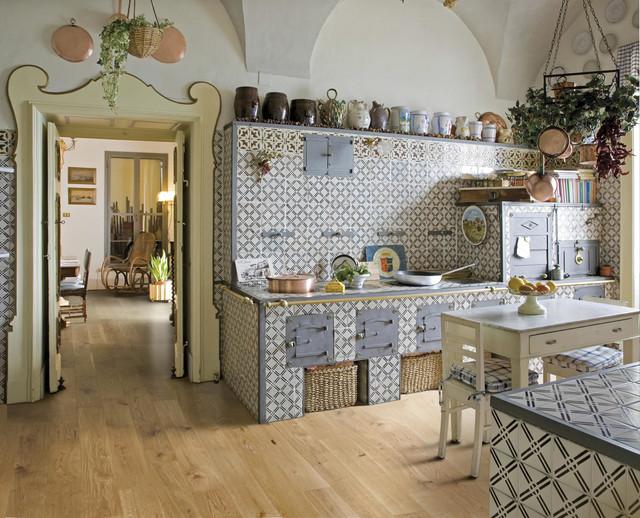 paraspruzzi cucina idee arredamento : Realizzazione in Prestige ART rovere country-kitchen
