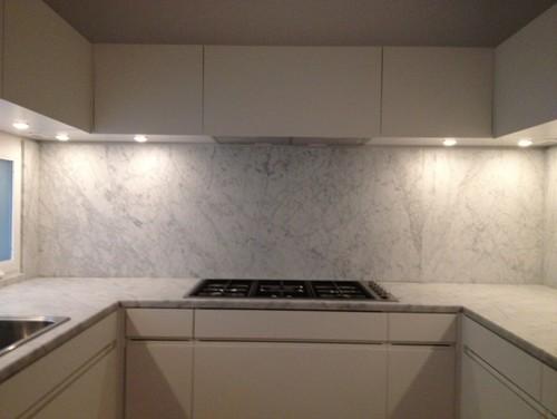Piano cucina in marmo di carrara - Marmo piano cucina ...