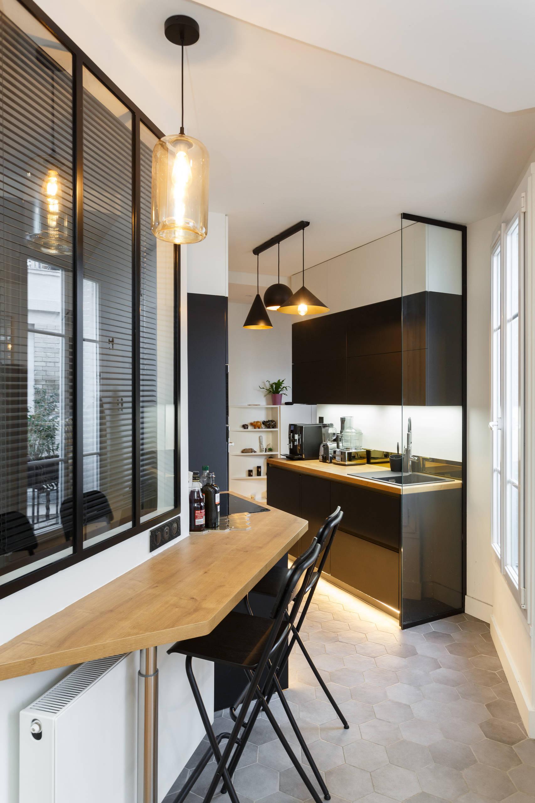Aménager un coin repas dans une cuisine en longueur