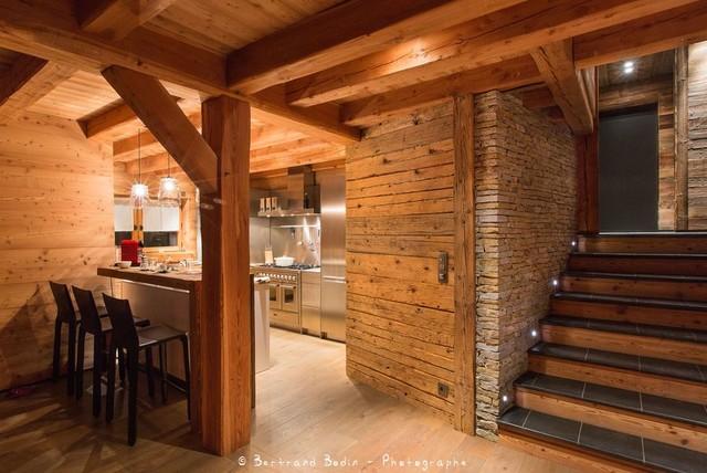 Chalets Bayrou  Classique  Cuisine  Grenoble  par Bodin Photo