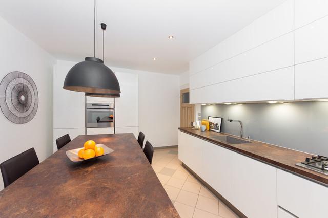 Cuisine blanche  plan de travail céramique  Contemporary  Kitchen