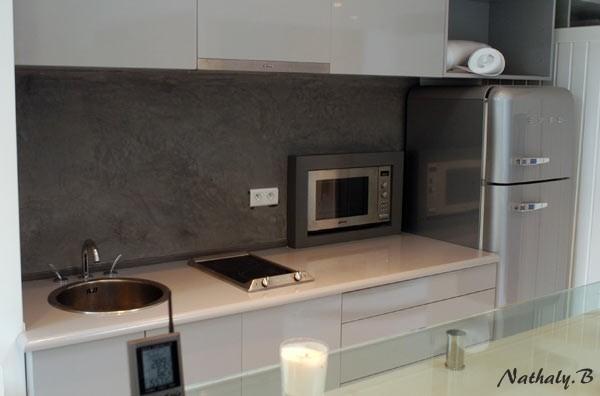Cr ation d 39 enduit cuisine d coration for Enduit rustique interieur