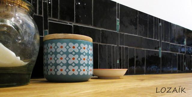 cr dence cuisine zelliges clectique cuisine bordeaux par loza k. Black Bedroom Furniture Sets. Home Design Ideas
