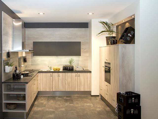 cuisine allemande. Black Bedroom Furniture Sets. Home Design Ideas