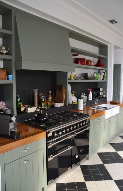 Cuisine aménagée sur-mesure, style anglais - Modern - Küche ...