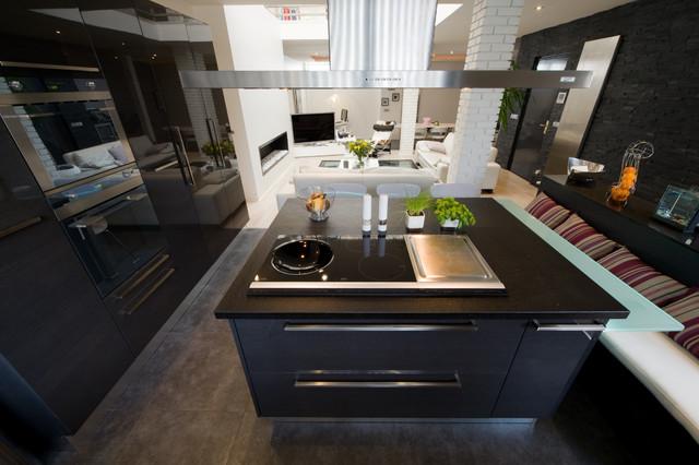 CUISINE ARMONY MODERNE CHIC Moderne Cuisine Paris Par LA - La cuisine dans le bain
