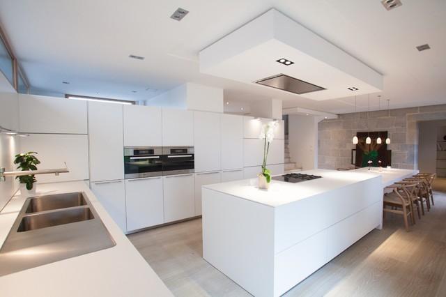 Cuisine b3 ain r alisation bulthaup espace de vie pontarlier 25 contemporary kitchen for Bulthaup cuisine