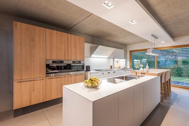 Cuisine bulthaup b3 en franche comt contemporary kitchen other by bulthaup espace de for Bulthaup cuisine