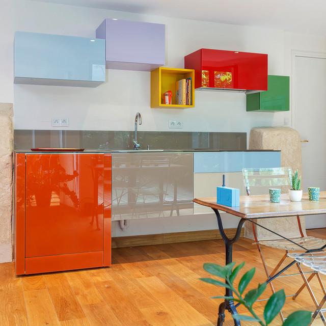 Cuisine coloré appartement parisien contemporain-cuisine