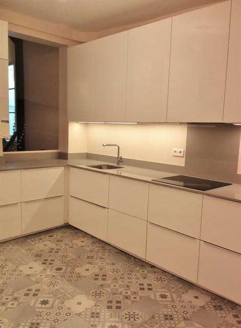 Cuisine Meubles Ikea Et Plan En Quartz Contemporary Kitchen