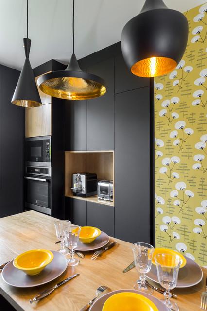 Cuisine noire mat et bois - Contemporary - Kitchen - Paris - by ...