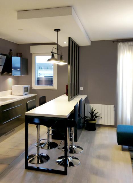 Cuisine ouverte avec verrière. - Industrial - Kitchen - Lyon - by ...