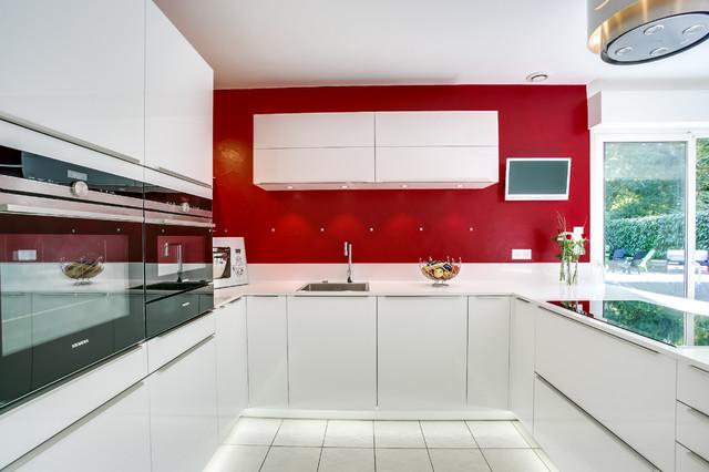 Cuisine ouverte quip e siemens iq700 contemporary for Cuisine equipee