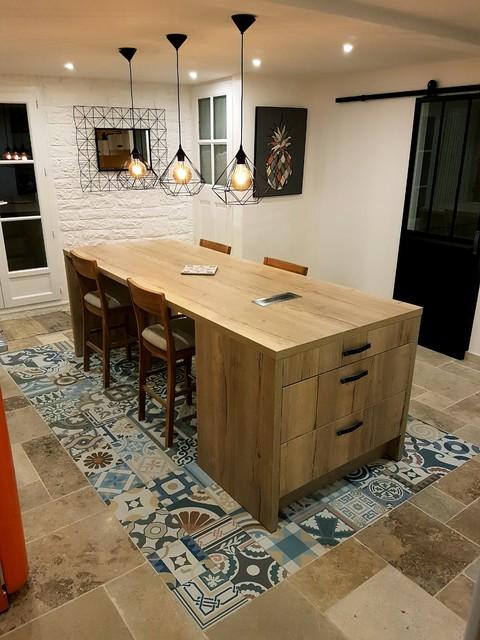Cuisine ouverte pierre naturelle & ciment dans la Drôme ...