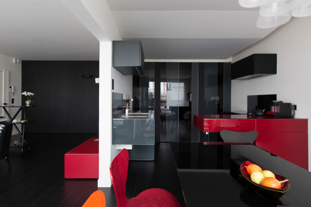 cuisine salon et chambre th matique rouge et noir. Black Bedroom Furniture Sets. Home Design Ideas