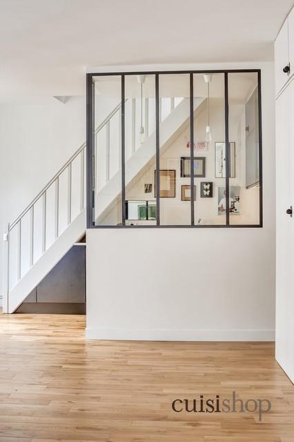 cuisine sous escalier en u modern staircase other. Black Bedroom Furniture Sets. Home Design Ideas
