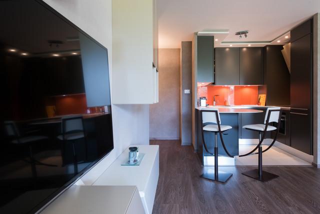 Cuisne en u ouverte sur salon et salle manger tropical kitchen paris - Salon ouvert sur salle a manger ...