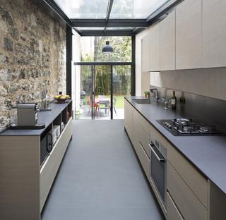 extension de maison paris moderne cuisine paris par think tank architecture. Black Bedroom Furniture Sets. Home Design Ideas