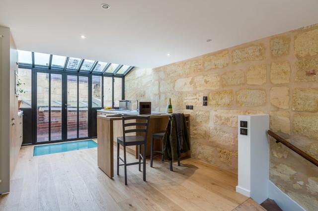 extension sur terrasse et r novation d 39 une choppe contemporain cuisine bordeaux par. Black Bedroom Furniture Sets. Home Design Ideas