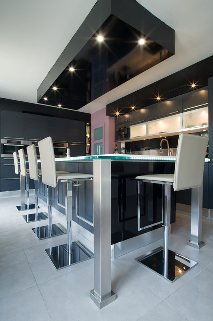 Grande cuisine design italien finition anthracite par for Cuisine moderne design italienne