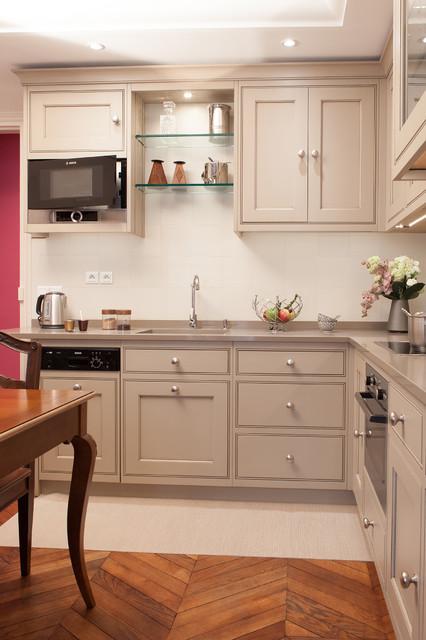grange cuisines rue du bac classique chic cuisine paris par grange. Black Bedroom Furniture Sets. Home Design Ideas