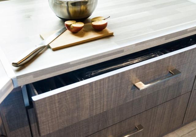 leroy merlin shootings des quipements chez les clients. Black Bedroom Furniture Sets. Home Design Ideas