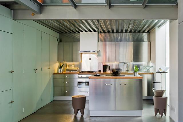 loft industriel industriel cuisine paris par julien clapot. Black Bedroom Furniture Sets. Home Design Ideas