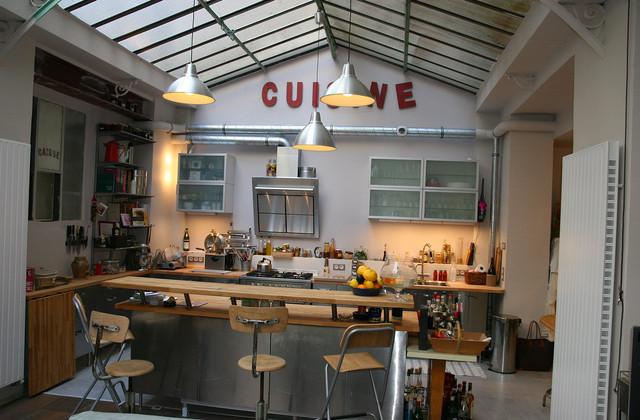loft paris industriel cuisine marseille par cabinet dario. Black Bedroom Furniture Sets. Home Design Ideas