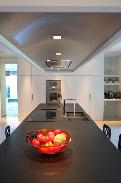 maison i classique cuisine other metro par guillaume da silva. Black Bedroom Furniture Sets. Home Design Ideas