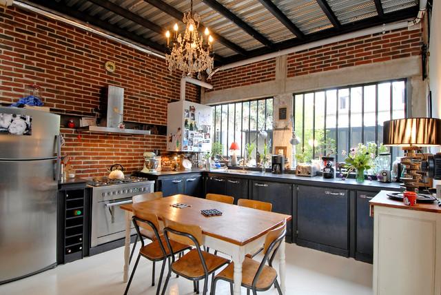 maison loft transformation d une usine en industriel cuisine other metro - Cuisine Esprit Loft Industriel