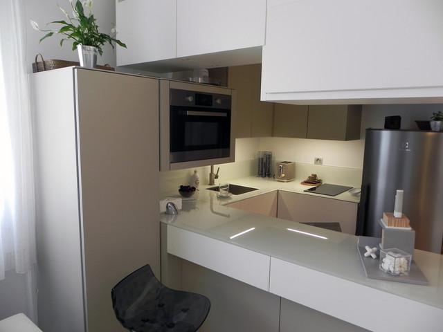 Petit appartement de 40m2 cuisine entr e salon dressing contemporain cuisine other - Houzz cuisine ...