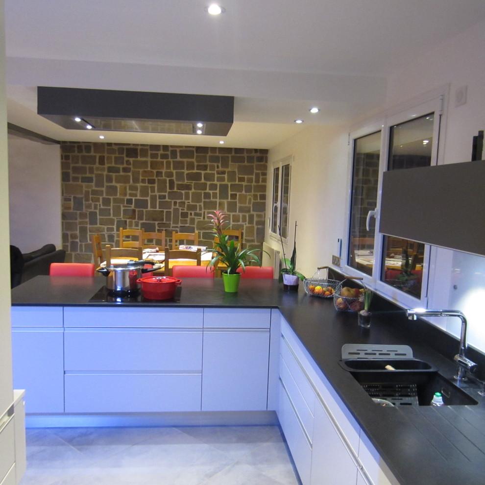 Cuisine Arthur Bonnet Rouen poignée profil - contemporary - kitchen - le havre -
