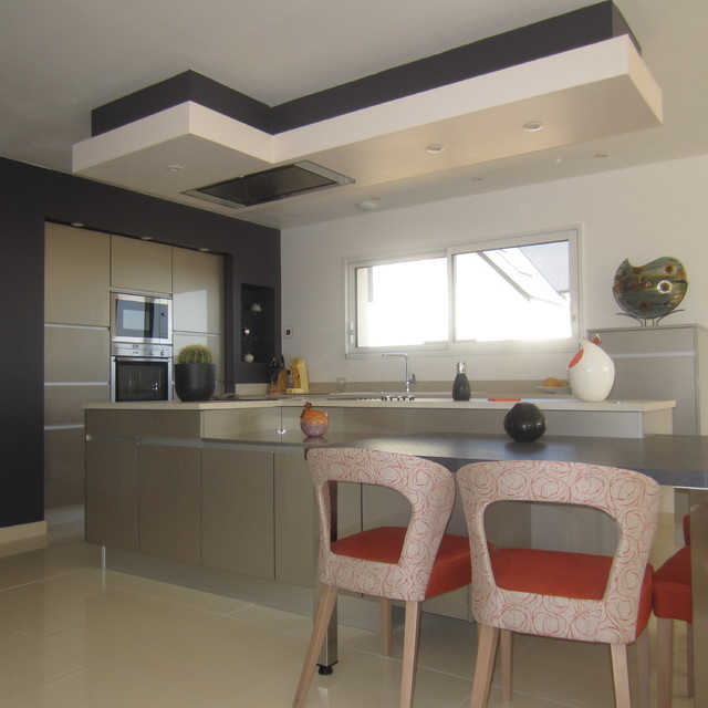 poign e profil contemporain cuisine le havre par arthur bonnet rouen sn cuisine. Black Bedroom Furniture Sets. Home Design Ideas