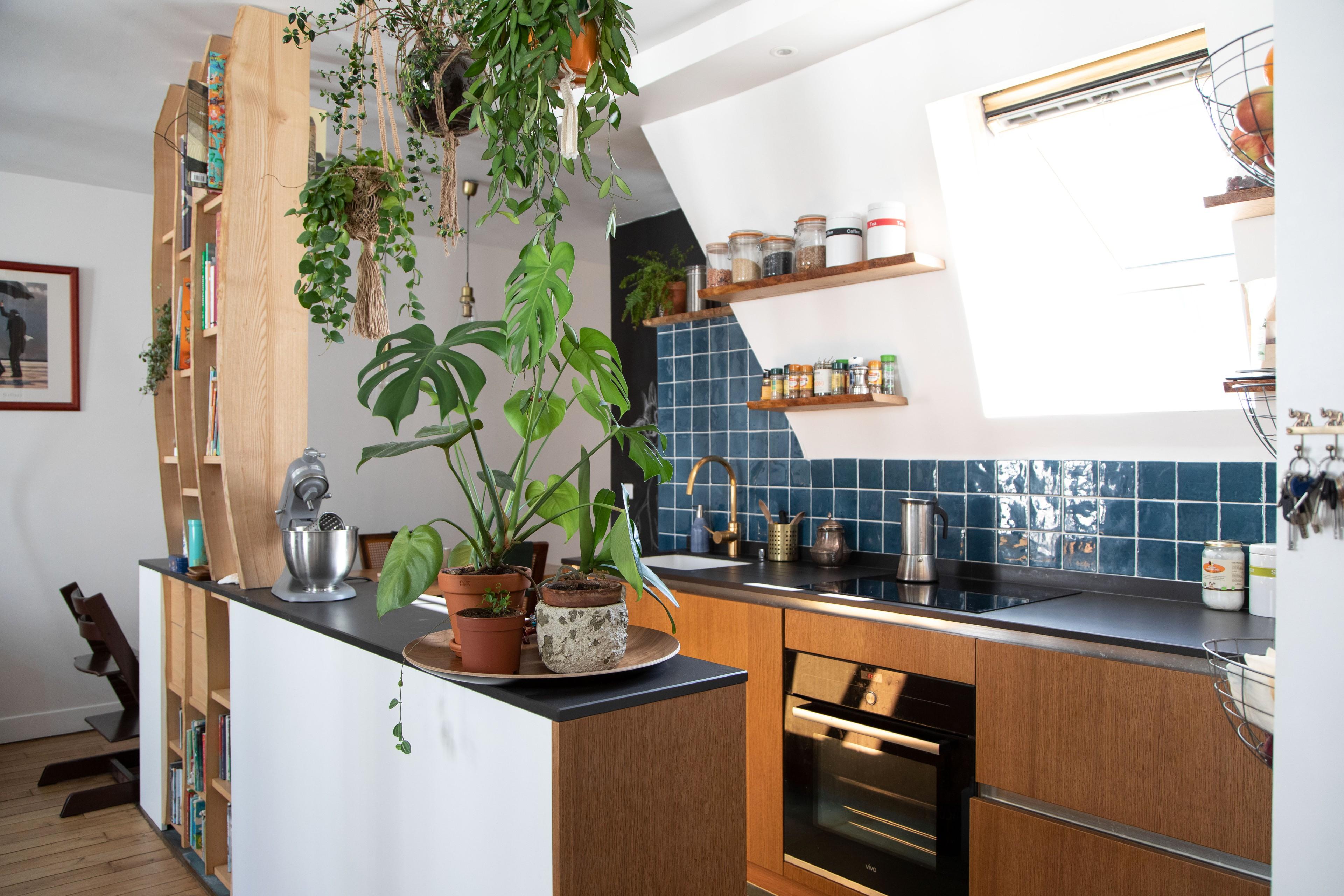 75 Beautiful Small Mediterranean Kitchen Pictures Ideas April 2021 Houzz