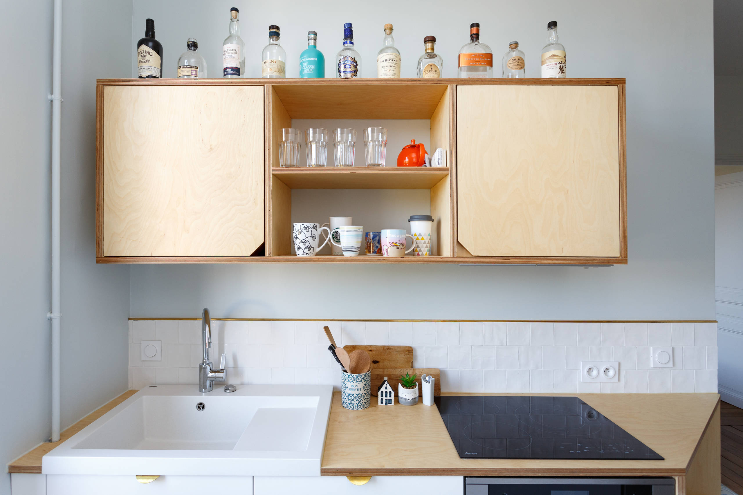 Dressing Ikea Angle Sans Porte 75 beautiful cement tile floor kitchen with a single-bowl