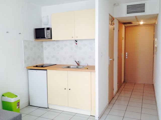 Studio étudiant 20m2 - Modern - Kitchen - Montpellier - by CLOZUP ...