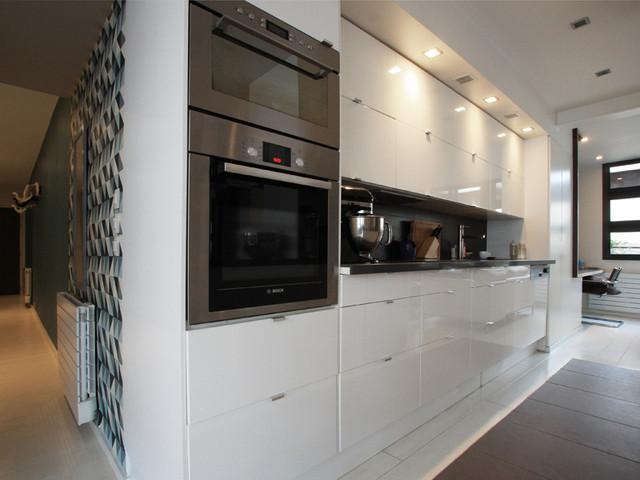 Transformation d\'un garage en appartement - Contemporain - Cuisine ...