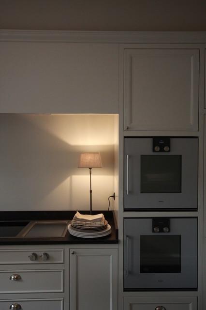 une cuisine a la robertsau klassisch modern k che. Black Bedroom Furniture Sets. Home Design Ideas