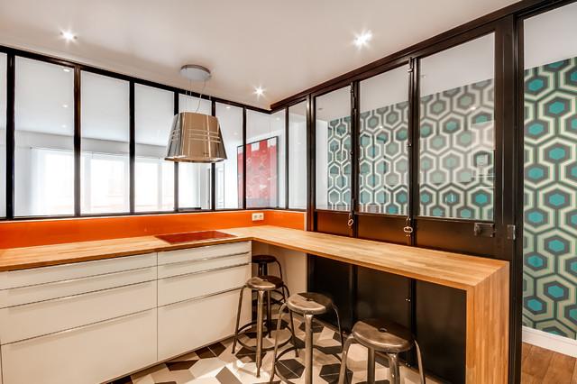 Verri re int rieure autour d 39 une cuisine contemporain - Poser une verriere interieure ...