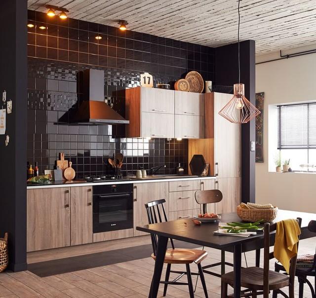 Vive le noir une cuisine contrast - Modele cuisine equipee leroy merlin ...