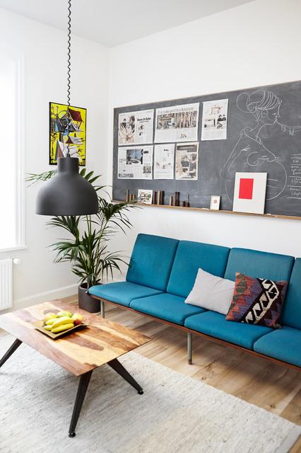 houzz tours roon rahn moderne salon wiltshire par mia mortensen photography. Black Bedroom Furniture Sets. Home Design Ideas