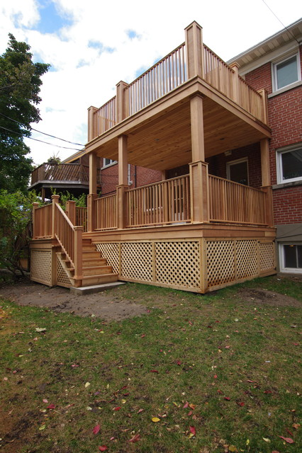 2 Story Deck Traditional