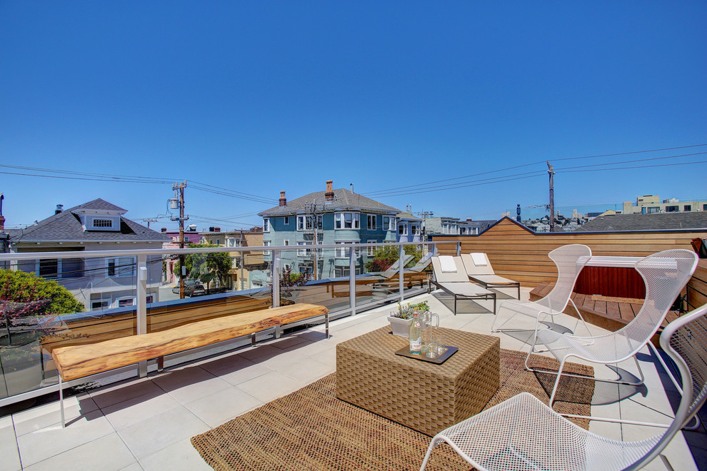 Inspiration for a contemporary rooftop rooftop deck remodel in San Francisco