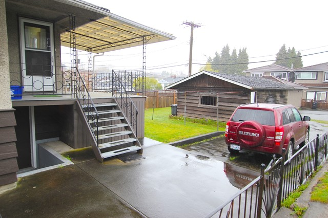 3763 Kincaid - House for Sale in Burnaby - $799,900 traditional-deck