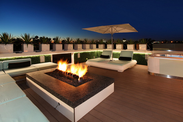 604 Acacia Ave contemporary-deck