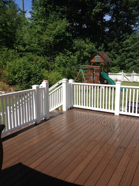 (After) Tyngsboro, MA Deck traditional-deck