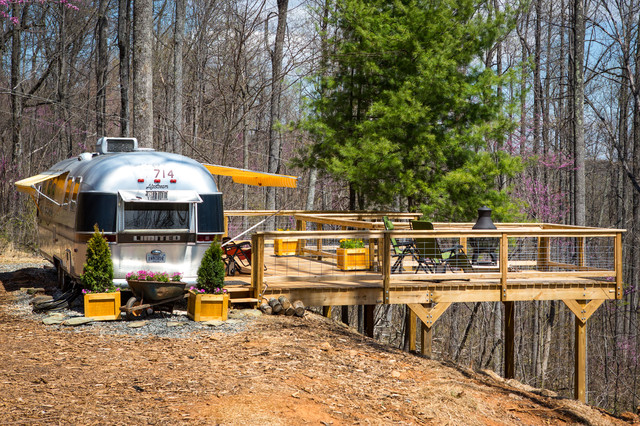 Camper trailer deck with beautiful pictures for Rv decks