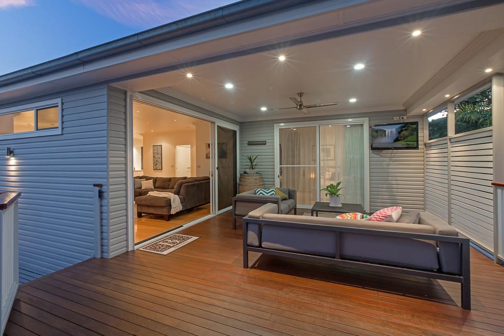 Alfresco/outdoor living room - Contemporary - Deck ...