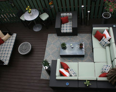 An Indoor & Outdoor Oasis eclectic deck