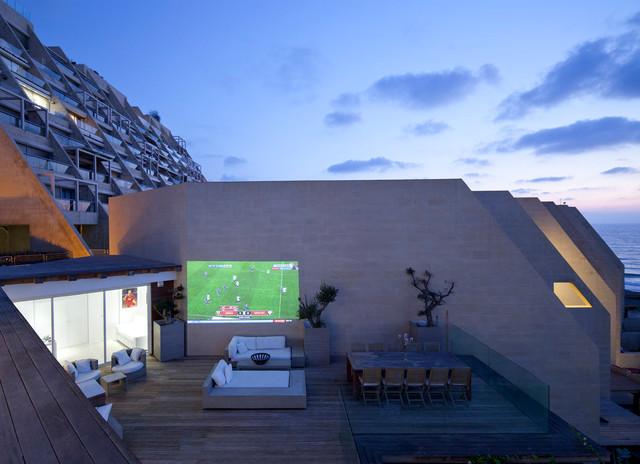 modern patio by Gerstner